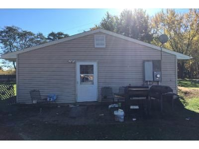 2 Bed 1.0 Bath Preforeclosure Property in Isanti, MN 55040 - Verdin St NW