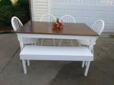 Farmhouse Table w 4 Chairs Bench