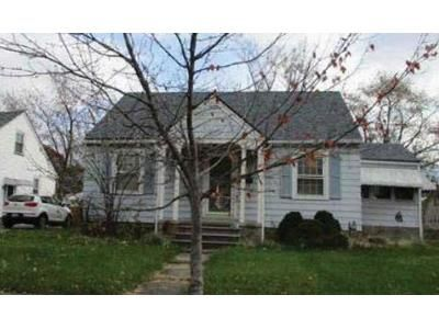 3 Bed 2.0 Bath Preforeclosure Property in Elyria, OH 44035 - Brandtson Ave