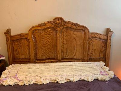 Handcrafted Solid Oak Bedroom Furniture