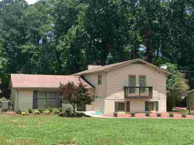 4607 Town Crier Rd Lilburn Five BR, Great family home for