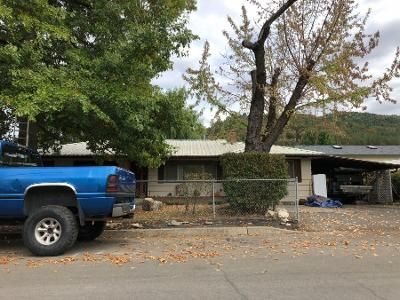 3 Bed 1 Bath Preforeclosure Property in Myrtle Creek, OR 97457 - Mountain View Ave