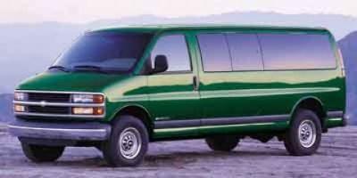 2002 Chevrolet Express 3500 G3500 LS (Summit White)