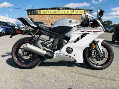 Used 2018 Yamaha YZF-R6 for sale