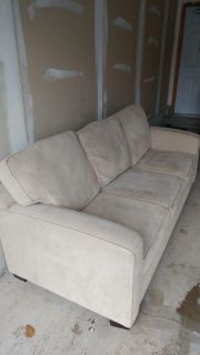 3 Seater Couch ( 81Lx 37Dx36H)