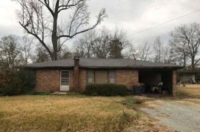 All Brick Single Family Just Listed!