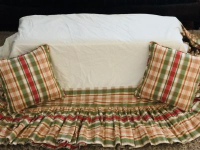 Beautiful Custom Made King Bed Skirt in Ralph Lauren Fabric, with Two Matching Pillows