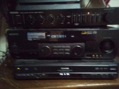Kenwood receiver and speakers