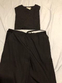 Black scrubs outfit