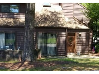 2 Bed 2.5 Bath Foreclosure Property in Morris Plains, NJ 07950 - Yacenda Drive