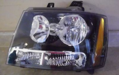 Purchase 07 08 09 CHEVROLET TAHOE AVALANCHE DRIVER SIDE HEADLIGHT LH motorcycle in Brooksville, Florida, United States