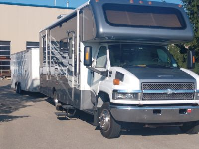 2006 Gulfstream Endura super C,33',Duramax diesel,slide out
