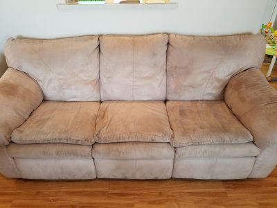 Matching set Reclining couch and loveseat set sofa recliners