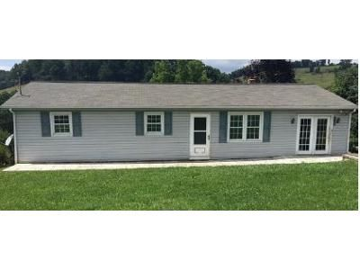 3 Bed 1 Bath Foreclosure Property in Lebanon, VA 24266 - Autumn Chase Rd