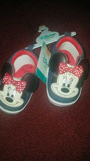 NWT Baby girlsADORABLE jean look MINNIE shoes size9/12Months (see our coordinating sock& headwrap set)
