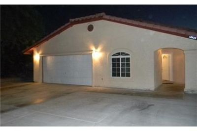 Beautiful 4 bed 2bath and 2 car garage