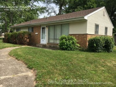Spacious 3 Bedroom 1 Bath House For Rent
