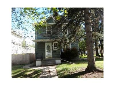 3 Bed 1.5 Bath Foreclosure Property in Virginia, MN 55792 - 5th St S