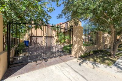 - $308000 EXQUISITELY Designed Home in South McAllen