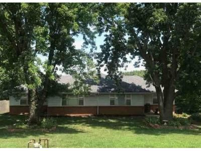 4 Bed 2 Bath Foreclosure Property in Kansas City, KS 66106 - S 65th St