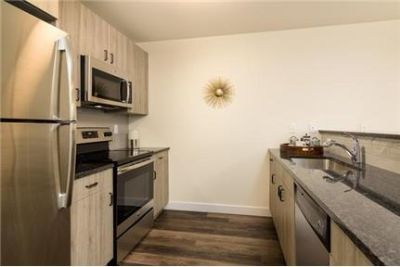 Hatboro, prime location 2 bedroom, Apartment. Parking Available!