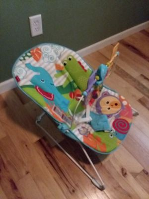 Fisher price bouncer in New condition!