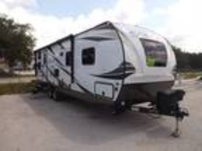 2019 Palomino Solaire 268 BHSK