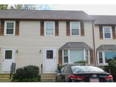 2 Bed 1.5 Bath Foreclosure Property in Millis, MA 02054 - Cedar Sq # 24