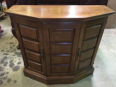 Cherry entry/Occasional table