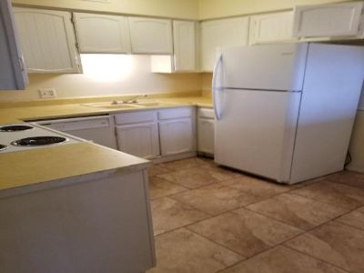 Flat For Rent In Pt Neches, Tx