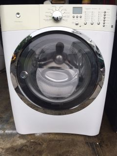 Electrolux Washer and Electric GE Dryer