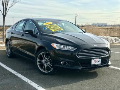 2016 Ford Fusion 4dr Sdn Titanium FWD (Black)