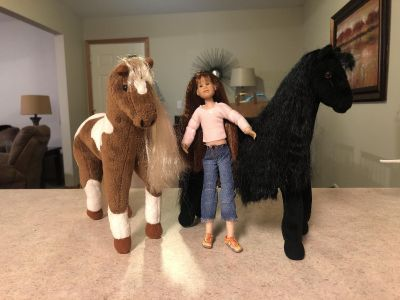 Only hearts doll and horse lot