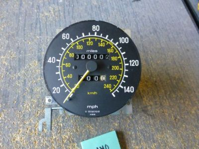 Buy 1977-1985 Mercedes W123 OEM 140MPH Speedometer #140 motorcycle in Pompano Beach, Florida, United States, for US $65.00