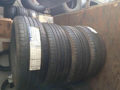 225/55r17 Michelin tires set of 4 new
