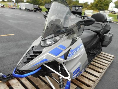 2018 Yamaha SRVenture DX Trail/Touring Snowmobiles Belvidere, IL