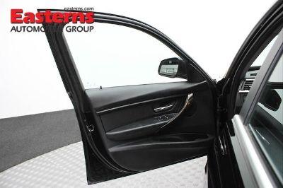 2015 BMW 3-Series 328i xDrive (Black)