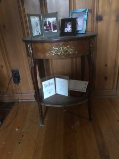 ANTIQUE Drum side table French with filigrie trim