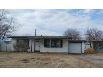 2 Bed 1 Bath Foreclosure Property in Wichita, KS 67213 - S Walnut St