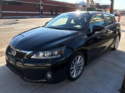 2013 Lexus CT 200h Base (Obsidian)