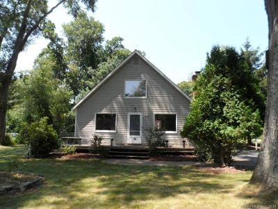 3 Bed 2 Bath Foreclosure Property in Old Lyme, CT 06371 - Rogers Lake Trl