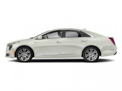 2018 Cadillac XTS 3.6L V6 (Crystal White Tricoat)