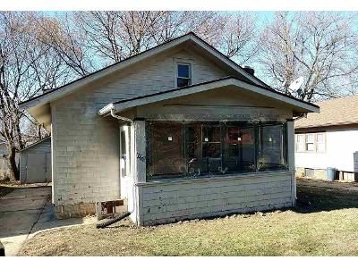 2 Bed 1 Bath Foreclosure Property in Rockford, IL 61101 - N Central Ave