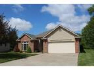 $189000 Three BR 2.00 BA, Clinton