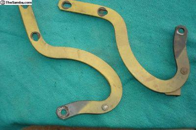 Pair of hood hinges