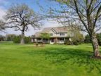 Ringwood One BA, 4814 Inmans Way , IL Listing Price: $374,900 4