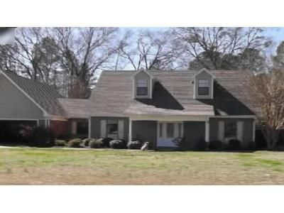1 Bath Foreclosure Property in Amory, MS 38821 - Sanders Dr