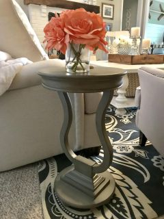 Side Table 24 T the 15 W