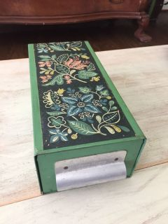 Really cool decorative piece. Vintage AMERICAN HOME MENU MAKER metal box