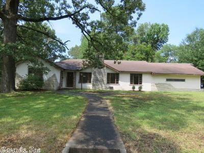 3 Bed 2 Bath Foreclosure Property in Pine Bluff, AR 71603 - W 29th Ave